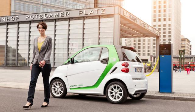 Elektroauto-laden-Ladestationen-Standards