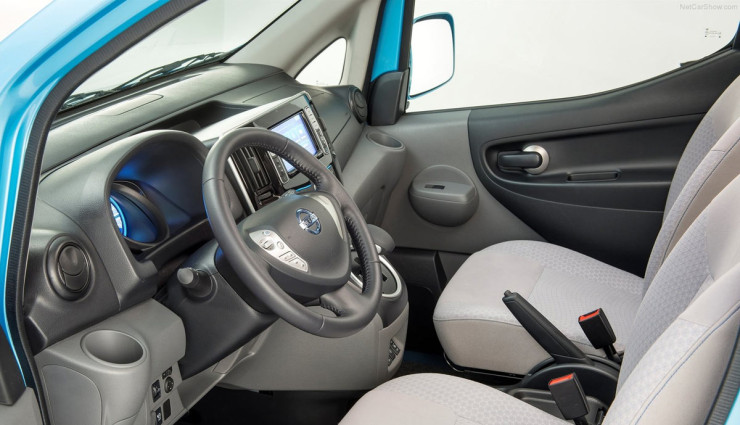 Nissan-Elektro-MiniVan-Evalia-e-NV200-Innen