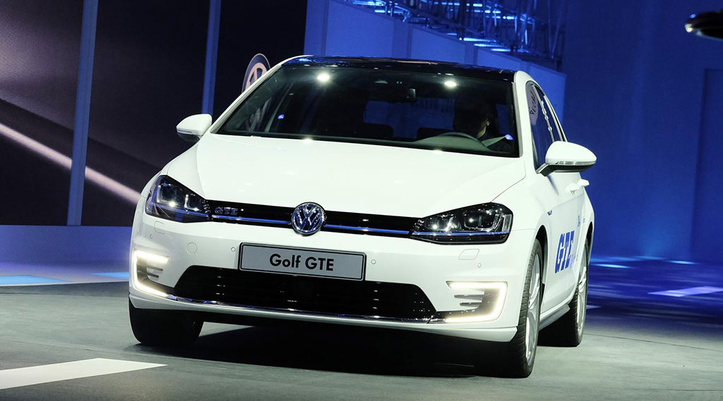 elektroautos-hybridautos-genf-2014-08