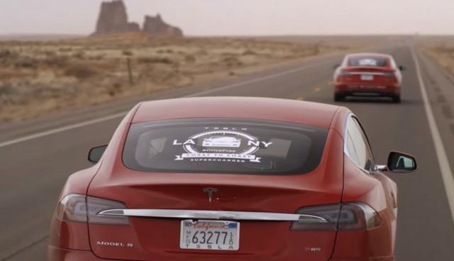 Tesla-Model-S-Video