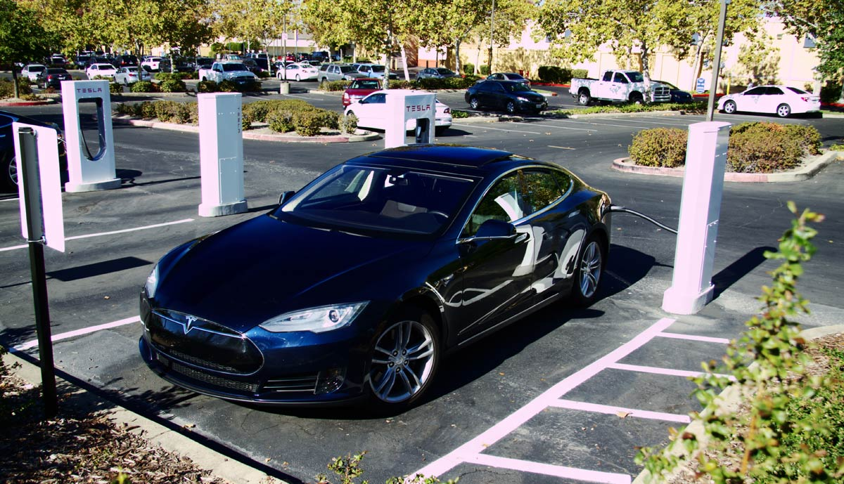 so sieht das beliebteste tesla model s aus. Black Bedroom Furniture Sets. Home Design Ideas