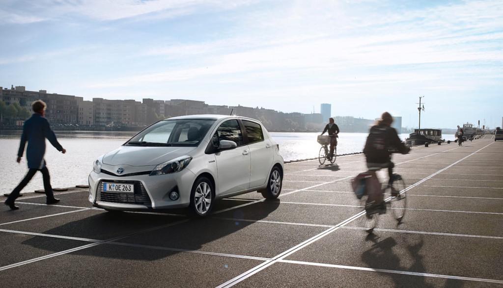 Toyota-Hybridauto-kaufen-Deutschland