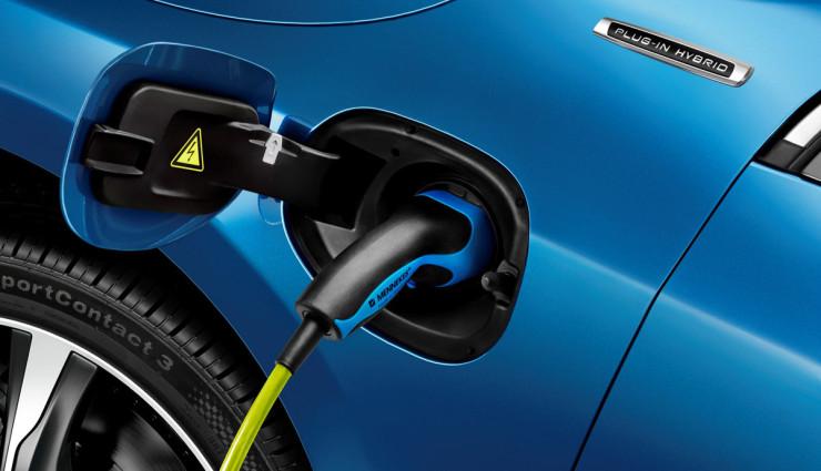 Volvo-V60-Plug-in-Hybrid-aufladen