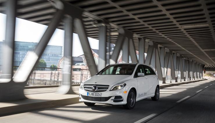 Elektroauto-B-Klasse-Electric-Drive-2014-740×425