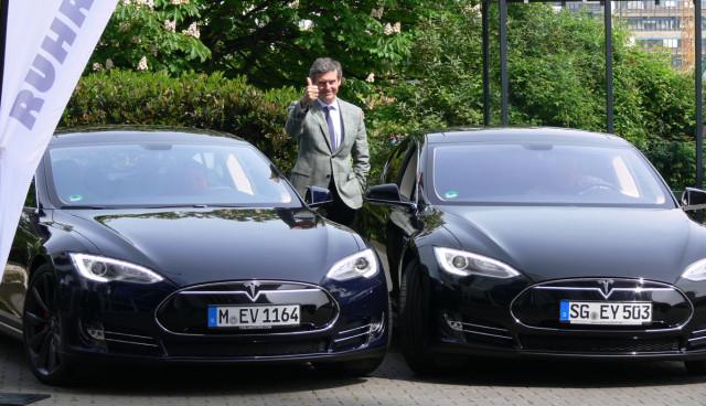 Elektroauto-Verleih-Tesla-Model-S-leihen