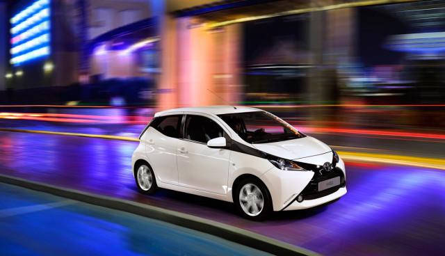 Toyota-Aygo-Hybrid