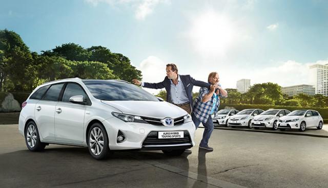 Toyota-Hybridauto-Werbung-Rom-Experiment