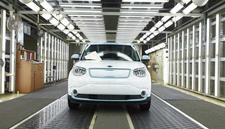 Kia-Soul-EV-Elektroauto-Front-740x425_c
