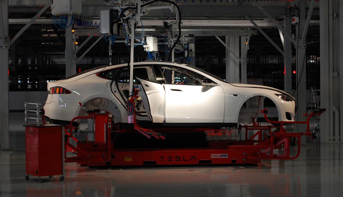 So viel wiegen die Teile des Tesla Model S - ecomento.de