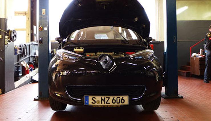 Elektroauto-Renault-ZOE-Inspektion