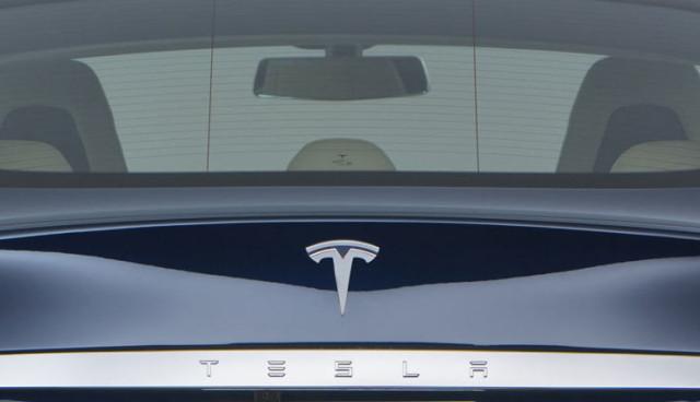 Tesla-Model-3-Design-Optik