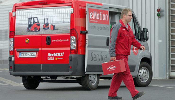 Wemag-Linde-Elektroauto-Transporter