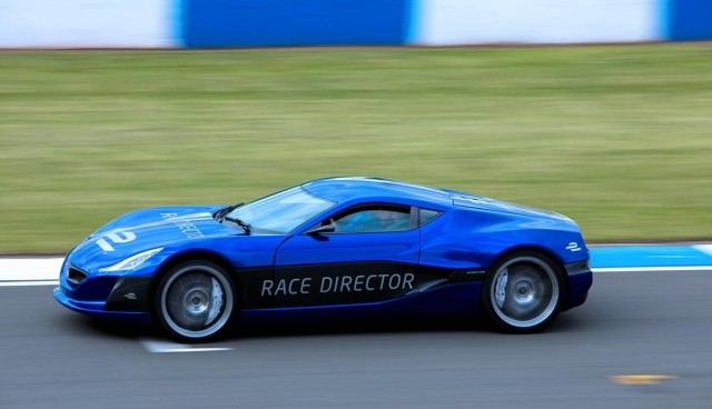 rimac-formel-e-safety-car