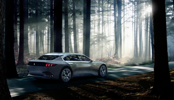 Peugeot-Exalt-Hybridauto-Seite-2