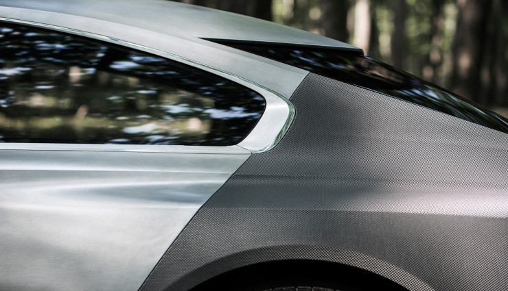 Peugeot-Exalt-Hybridauto-Seite