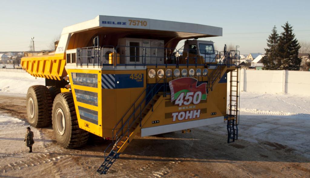 Elektro-Lastwagen-BelAZ-75710-Bild