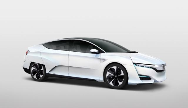Honda-FCV-Wasserstoff-Brensstoffzelle-Auto-Seite-3