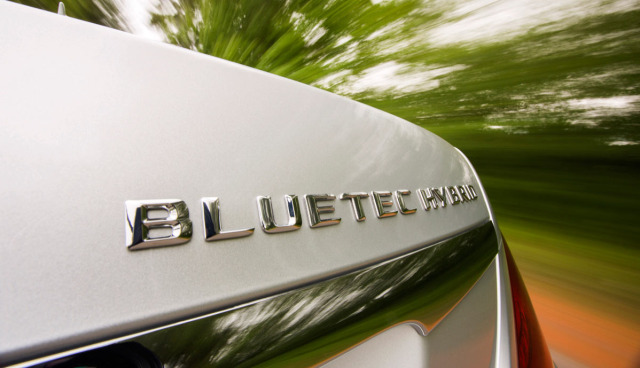 Mercedes-Benz-S-300-Bluetec-Hybrid-test