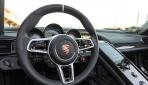 Porsche-918-spyder-gallery-04