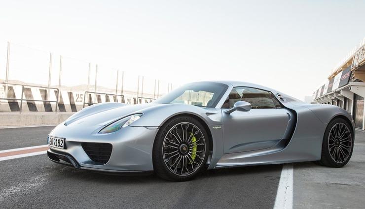 Porsche-918-spyder-gallery-10