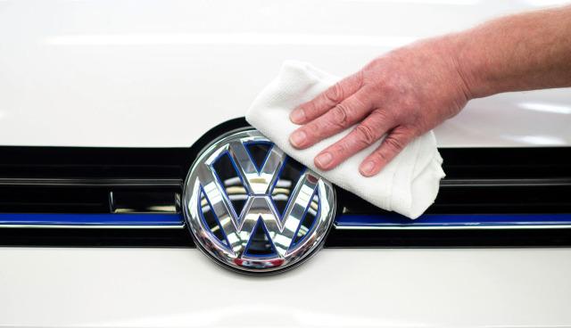 VW-Golf-Passat-Wasserstoff-Brennstoffzellenautos