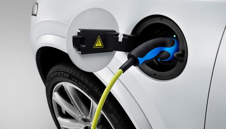 Volvo-XC90-Plug-in-Hybrid-aufladen
