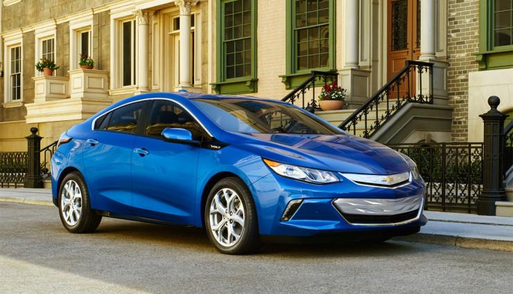 2016-Chevrolet-Volt-010