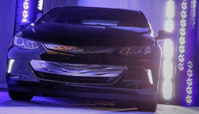 Chevrolet-Volt-2016
