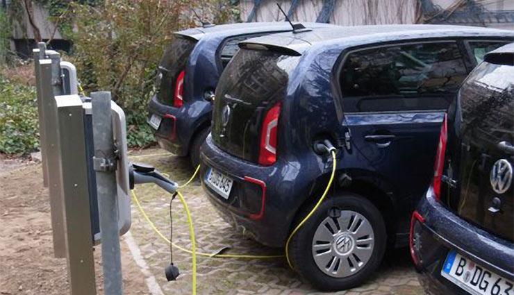 Elektroauto-degewo-Mieter
