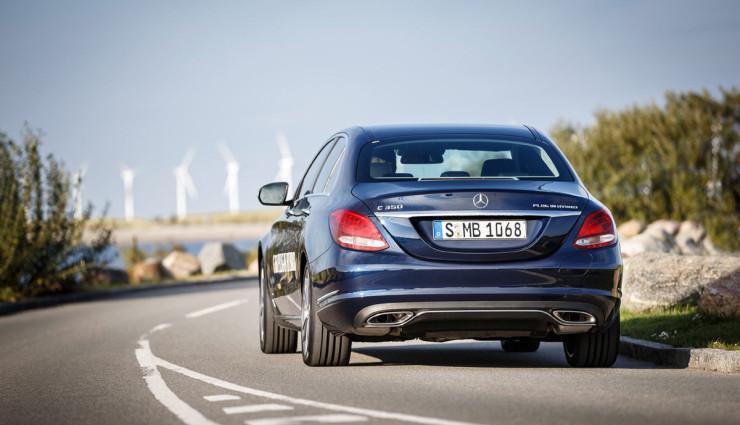 Mercedes-C35-Plug-in-Hybrid11