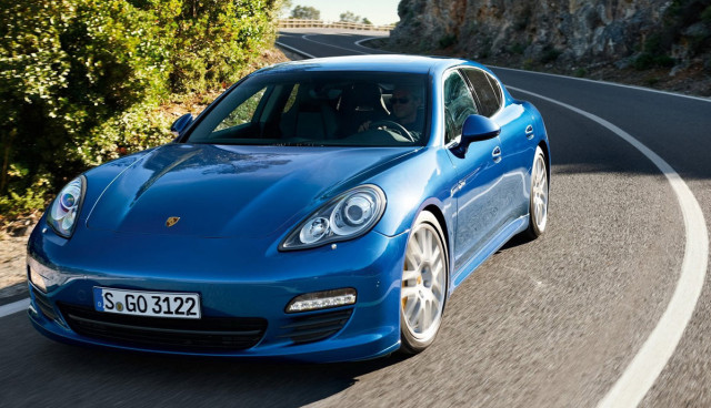 Porsche-Elektroauto-2015