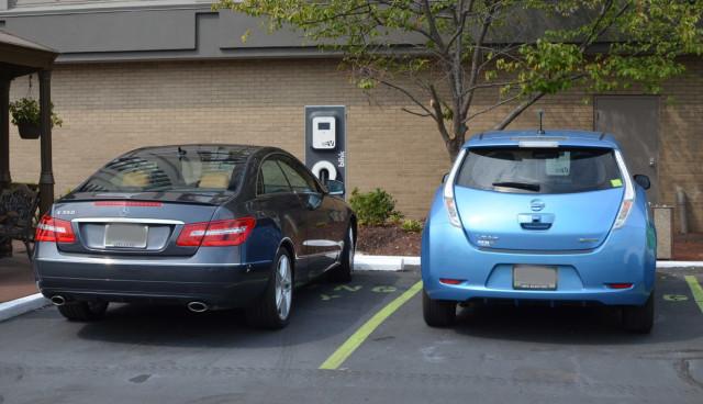 Elektroauto-Ladestation-blockiert