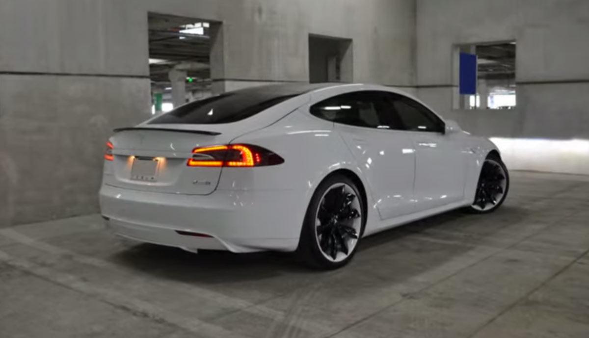 Tesla Model S P85d Von Mc Customs Ecomento Tv