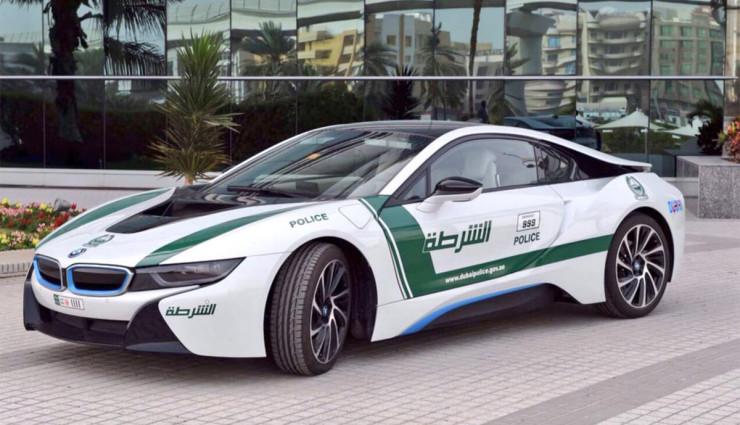 BMW-i8-Polizei-Dubai-6