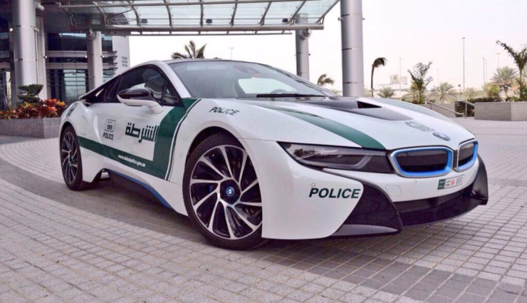 BMW-i8-Polizei-Dubai-8