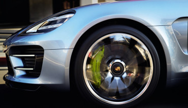 Porsche-Elektroauto-2