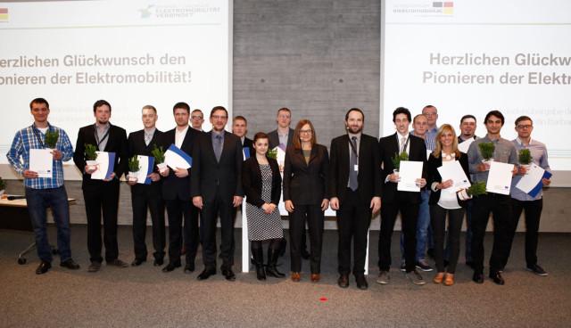 BMW-Pioniere-der-Elektromobilitaet-Auszeichnung