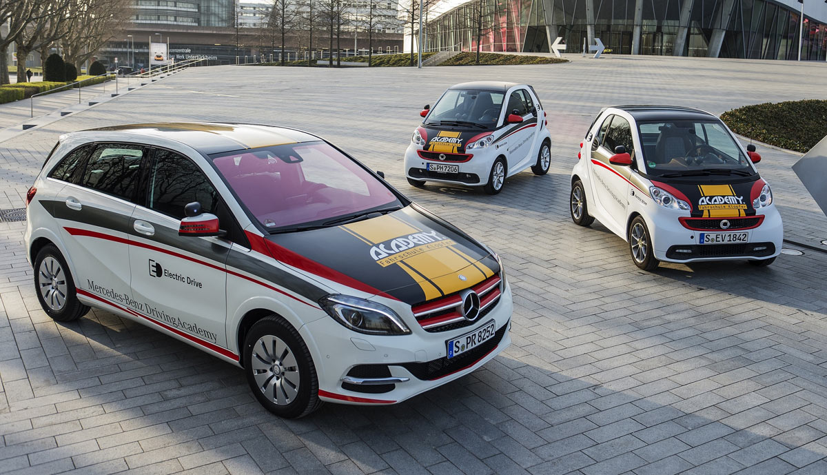 Daimler-Elektroauto-Fahrschule-Academy-1