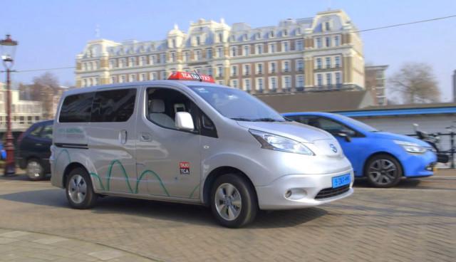 Elektroauto-Taxi-Amsterdam