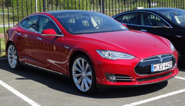 Tesla-Model-S-Dienstwagen-Flotte