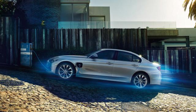BMW-330e-plug-in-hybrid-3 (1)