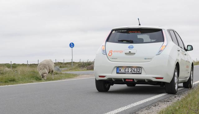 Elektroauto-Geld-sparen-Nissan