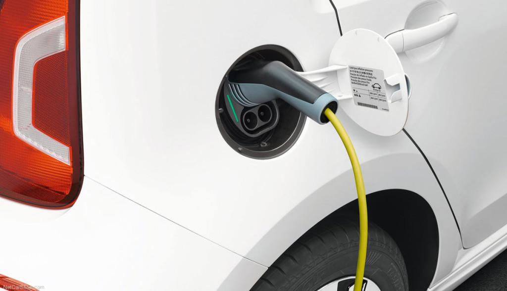BEm-Elektroauto-Merkel