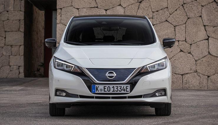 Nissan-LEAF-ZE1-2017-14