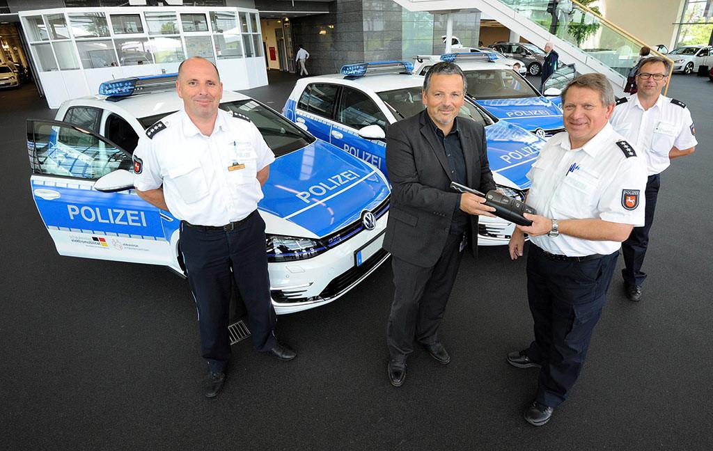 Golf-GTE-Elektro-Hybrid-Polizei-Niedersachsen-2