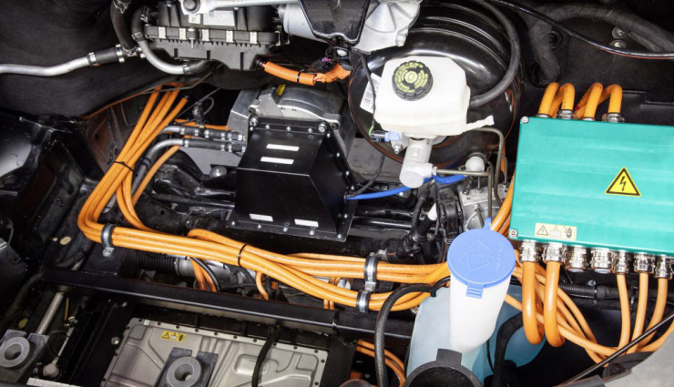 Kreisel-Elektro-Mercedes-Sprinter5