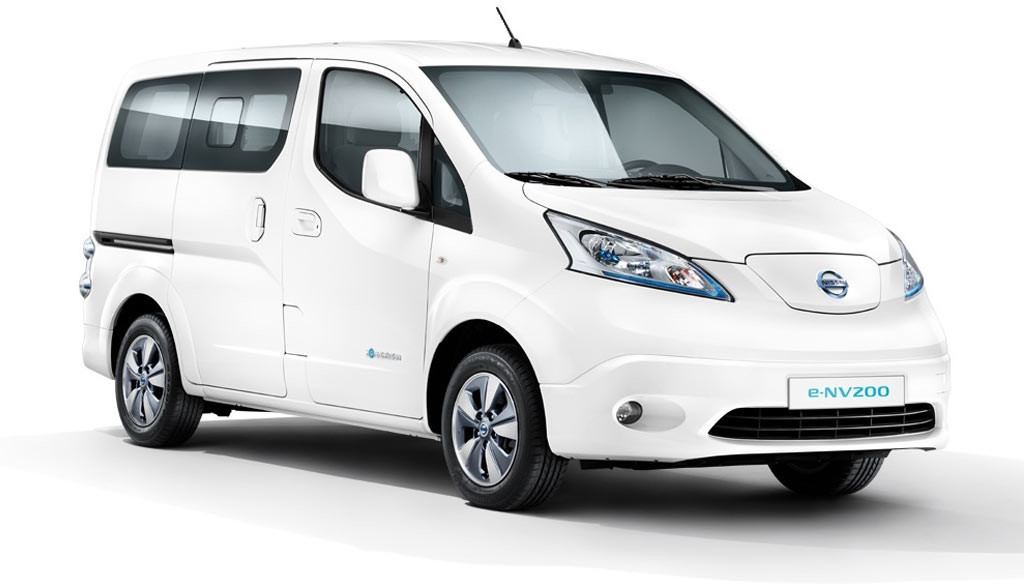 RWE-Nissan-e-nv200-Elektroauto-Transporter