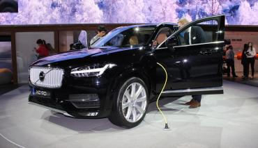 Volvo-elektroauto-xc90