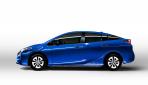2016_Toyota_Prius_011