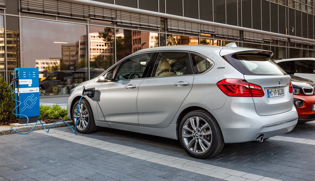 Plug In Hybrid Bmw Active Tourer 225xe Vorgestellt